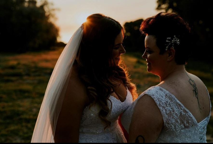 Delectable and beautiful girlfriends marry :)